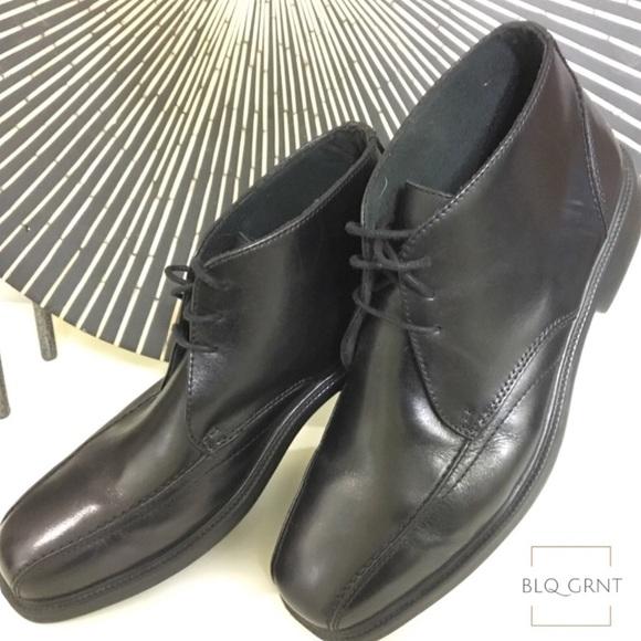 65037c5b66a2 Bostonian Other - 🔥 Clark s Bostonian Flexlite Boots
